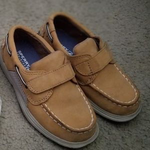 Sperry Topsiders 9.5 toddler